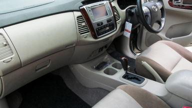 2014 Toyota Kijang Innova Grand New V - Mobil Pilihan (s-9)