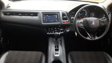 2016 Honda HR-V E CVT - Istimewa siap pakai (s-6)