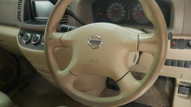 2010 Nissan Serena CT - Kondisi Mulus Terawat (s-5)
