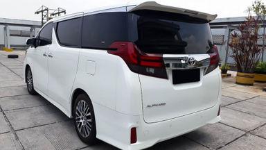 2015 Toyota Alphard SC Audioless - Mobil Pilihan (s-3)