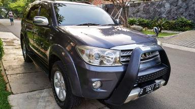 2009 Toyota Fortuner G - Barang Mulus Siap Pakai (s-1)