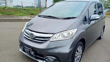 2013 Honda Freed PSD - Kondisi super mulus, siap pakai. (s-9)