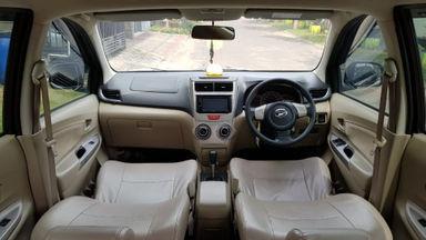 2014 Daihatsu Xenia R Deluxe 1.3 - Mulus Terawat Istimewa Siap Pakai (s-1)