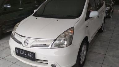 2011 Nissan Grand Livina 1.5 - Unit Bagus Bukan Bekas Tabrak