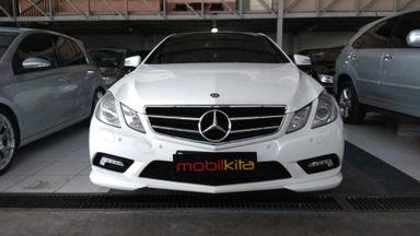 2011 Mercedes Benz E-Class E250 Coupe - mulus terawat, kondisi OK, Tangguh