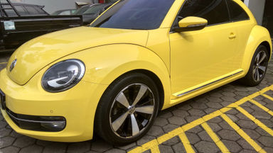 2014 Volkswagen Beetle 1.4 AT - Unit Super Istimewa
