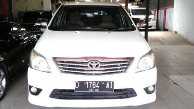 2012 Toyota Kijang Innova 2.5 G - Sangat Istimewa
