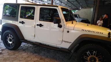 2011 Jeep Wrangler Unlimited Rubicon asli - Axl Lock Swaybar