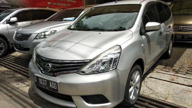 2014 Nissan Grand Livina SV - mulus terawat, kondisi OK