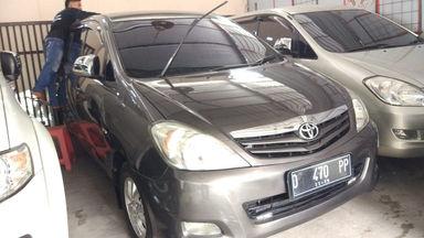 2009 Toyota Kijang Innova G - Antik Mulus Terawat (s-0)