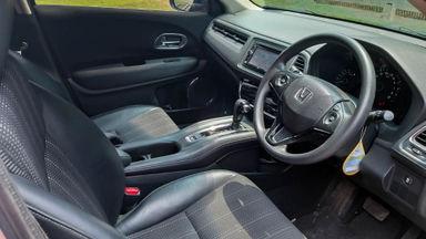 2015 Honda HR-V E - Mobil Pilihan (s-5)