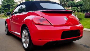 2013 Volkswagen Beetle - New Convertable - Mobil Pilihan (s-3)