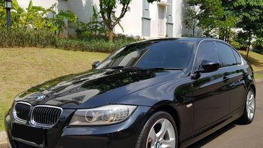 2012 BMW 3 Series 320i Executive - E 90 LCI