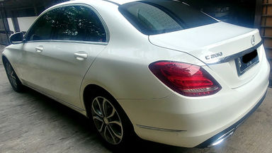 2014 Mercedes Benz C-Class C200 - bekas berkualitas (s-2)