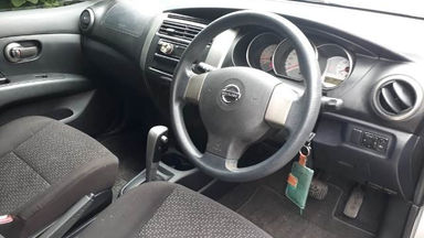 2013 Nissan Grand Livina 1.5 XV AT - Good Condition (s-3)