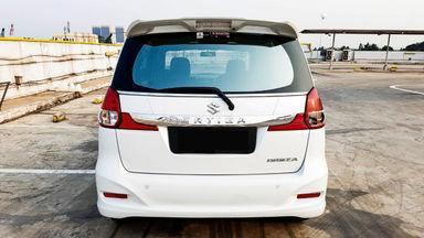 2016 Suzuki Ertiga Dreza 1.4 - Mobil Pilihan (s-4)