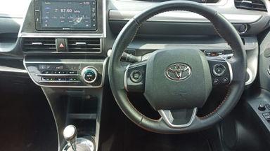 2017 Toyota Sienta Q AT - Terawat Siap Pakai (s-12)