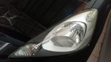 2010 Honda Jazz RS - Seperti Baru (s-3)