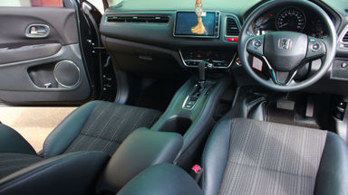 2018 Honda HR-V MUGEN E CVT - jarang pakai (s-5)