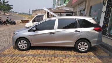 2017 Honda Mobilio S - Body Mulus, Siap Pakai! TERMURAH!! (s-4)