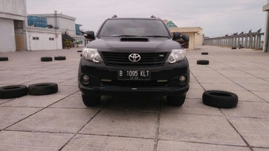2013 Toyota Fortuner VNT TRD Sportivo - Kondisi Istimewa (s-1)