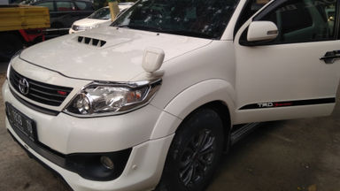 2014 Toyota Fortuner G AT - Istimewa (s-0)