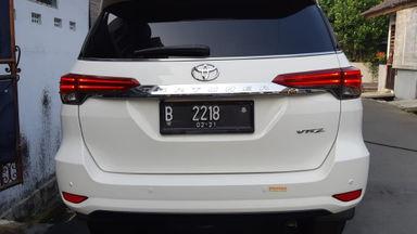 2016 Toyota Fortuner All New VR-Z 2.5 AT - Kondisi mulus tinggal pakai (s-2)