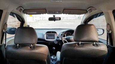 2013 Honda Jazz RS 1,5 - Mobil Pilihan (s-5)