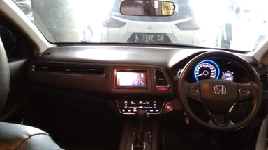 2016 Honda HR-V E 1.5 AT - Istimewa Seperti Baru KM Rendah (s-8)