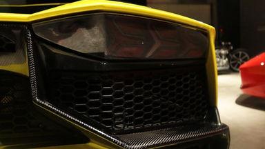 2013 Lamborghini Aventador LP 700-4 - PERFECT CONDITION (s-1)
