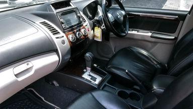 2013 Mitsubishi Pajero Dakar - Mobil Pilihan (s-5)