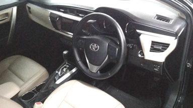 2014 Toyota Altis V Automatic - Favorit Dan Istimewa (s-5)