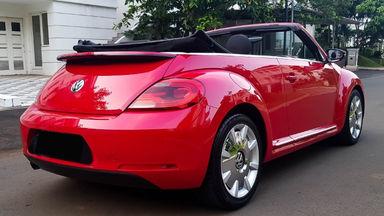 2013 Volkswagen Beetle - New Convertable - Mobil Pilihan (s-2)