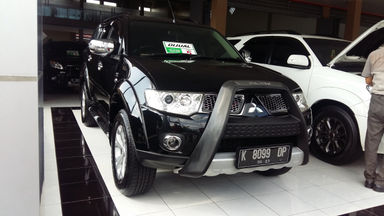2012 Mitsubishi Pajero Sport Dakar - Barang Mulus (s-1)