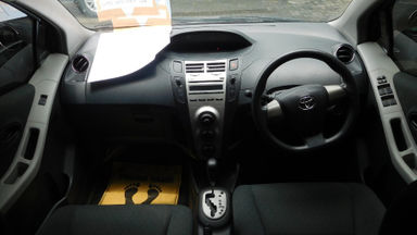 2012 Toyota Yaris E 1.5 - Istimewa Siap Pakai (s-6)