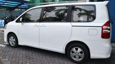 2013 Toyota Nav1 V lux - Terawat (s-1)