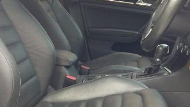 2013 Volkswagen Golf MK 7 CBU Automatic - Sangat Terawat dan Bagus Pasti Puas (s-12)