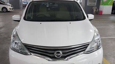 2017 Nissan Grand Livina SV M/T - Nego Halus Like New Tdp Rendah (s-1)