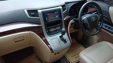 2013 Toyota Alphard 2.4 X IU CBU Builtup - Sangat Istimewa Seperti Baru (s-12)