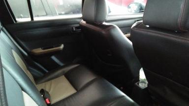 2009 Suzuki Swift st - Mobil siap pakai (s-5)