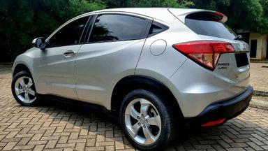2015 Honda HR-V E - Mobil Pilihan (s-3)