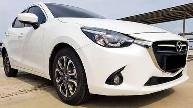 2016 Mazda 2 AT - Mobil Pilihan