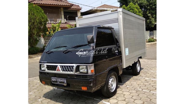 2013 Mitsubishi L 300 Box - siap jalan Surat Lengkap (preview-0)