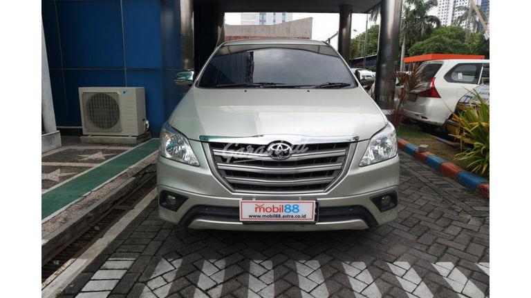 Jual Mobil Bekas 2013 Toyota Kijang Innova E Kota Mojokerto 00dx536