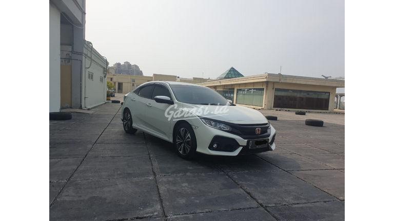 2017 Honda Civic Turbo 1.5 Hatchback S - Harga Bisa Digoyang (preview-0)