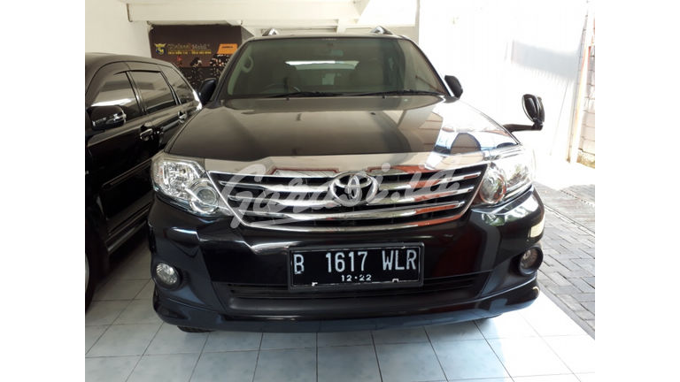 2011 Toyota Fortuner G - Siap Pakai (preview-0)