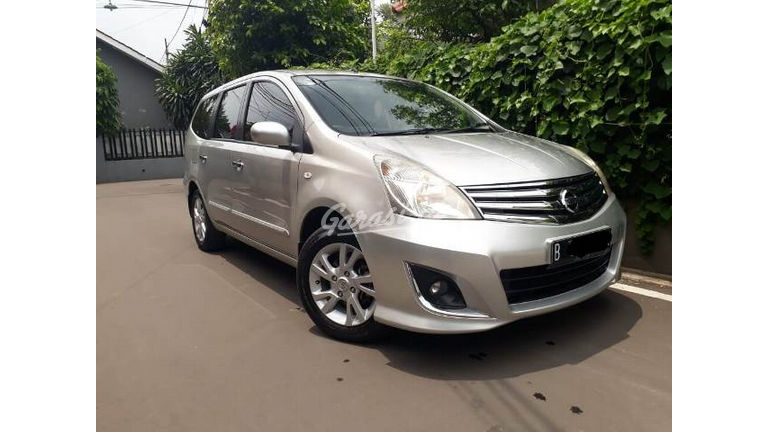 2013 Nissan Grand Livina 1.5 XV AT - Good Condition (preview-0)