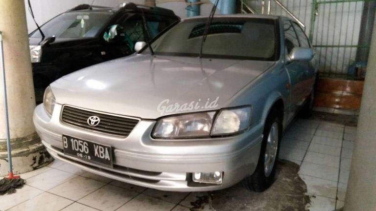 Jual Mobil Bekas 2000 Toyota Camry V Kota Bogor 00by529 Garasi Id