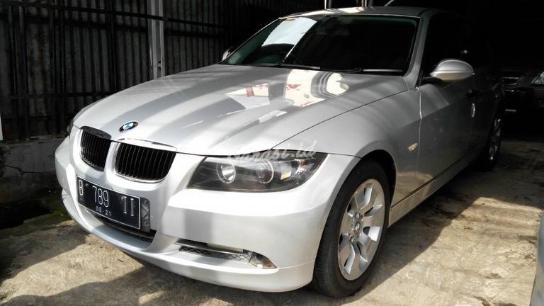 2005 BMW 3 Series 320i - Kondisi Istimewa (preview-0)