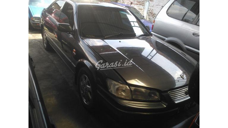 Jual Mobil Bekas 2000 Toyota Camry Glx Surabaya 00ej843 Garasi Id